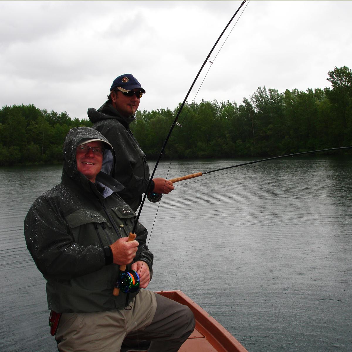 Fliegenfischen vom Boot