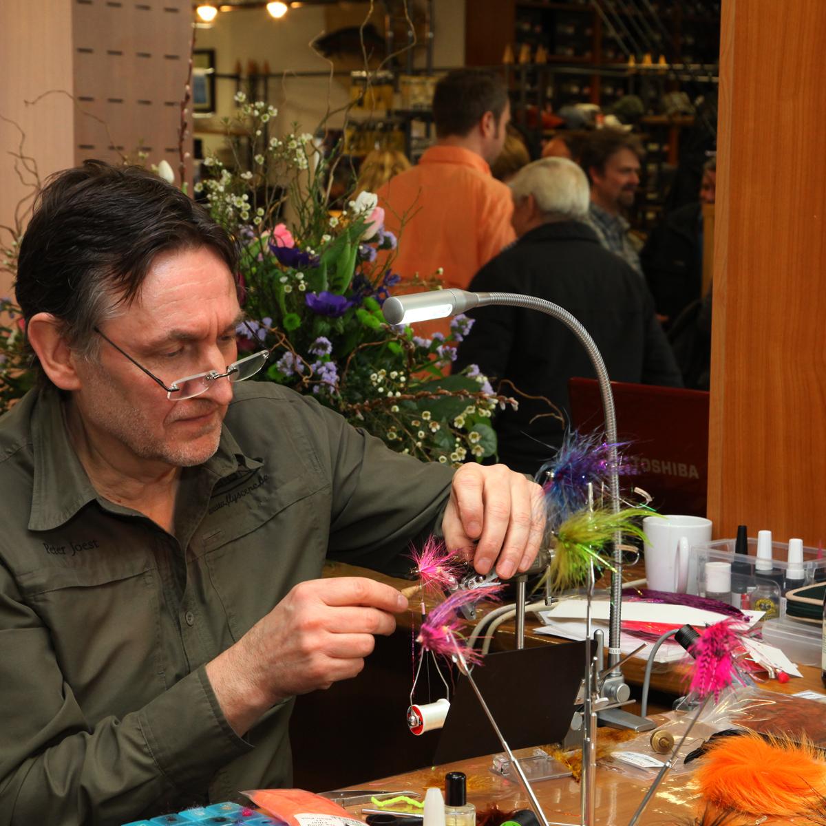 Fliegenbinder Peter Joest