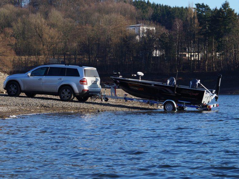 Boot slippen am Möhnesee