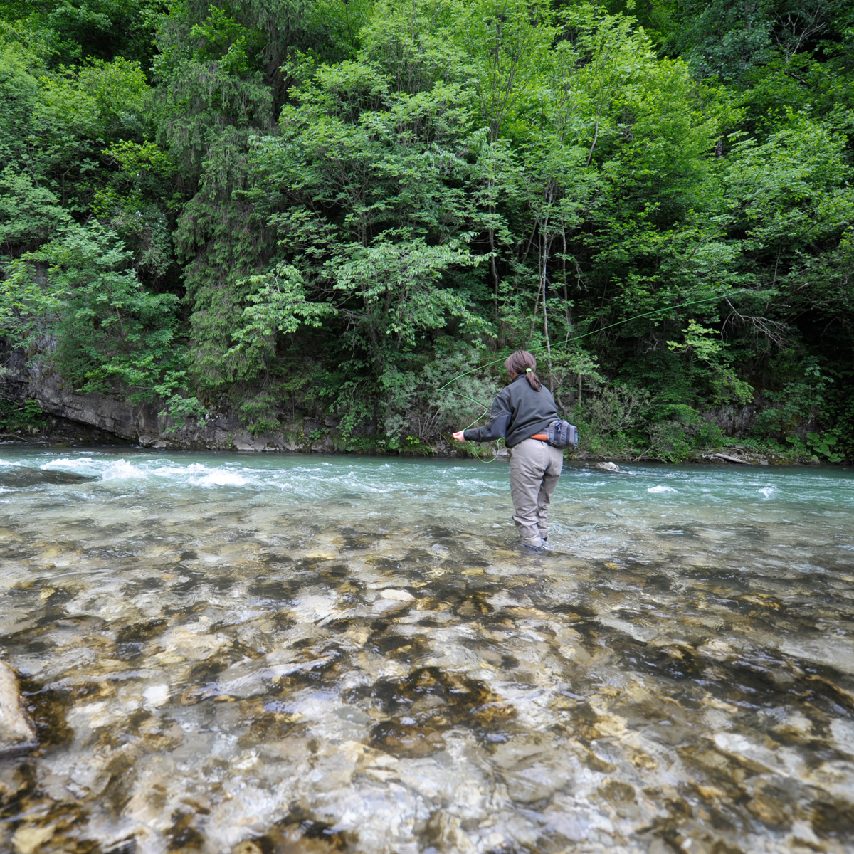 Fliegenfischen am Fluss