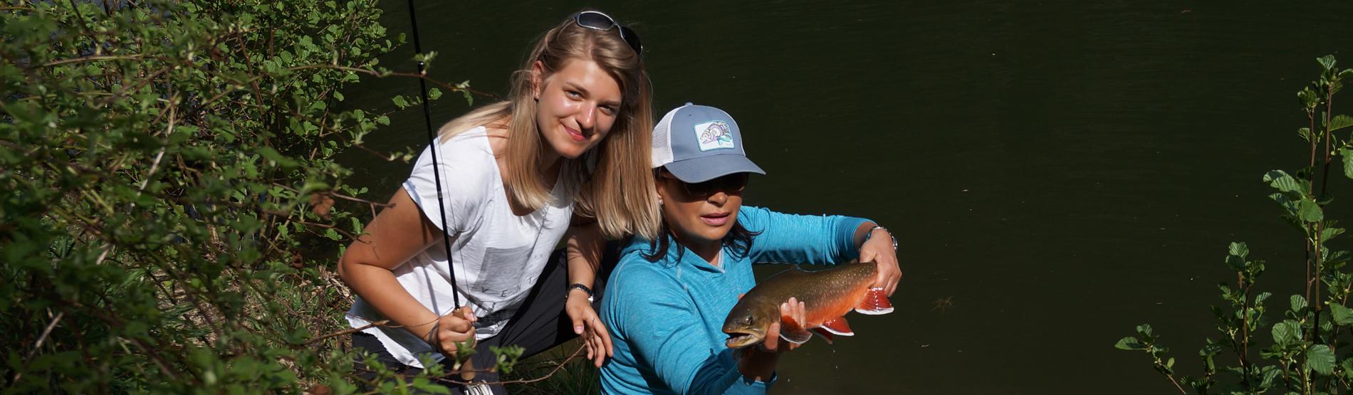 Fliegenfischerkurs in NRW für Damen