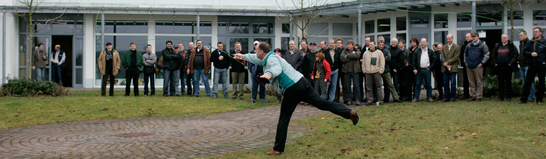 Siegbert Stümke beim Fliegenwerfen
