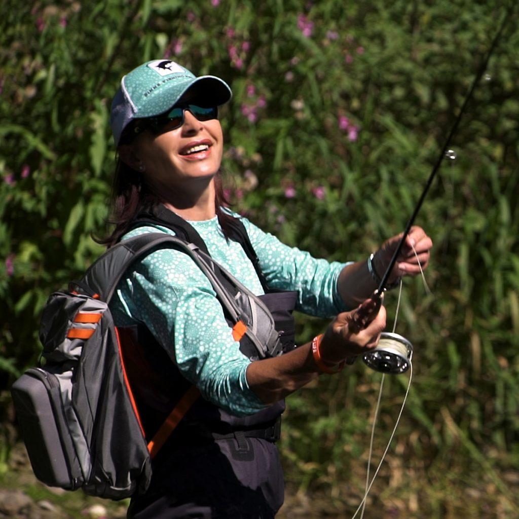 Mirjana Pavlic beim Fischen mit der Fliege